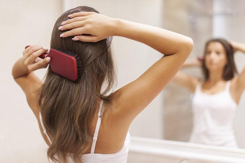 髪の毛をサラサラにするブラシ