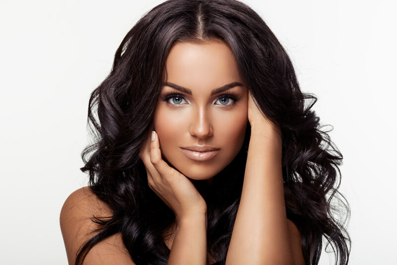 髪の毛が抜ける女性の予防対策