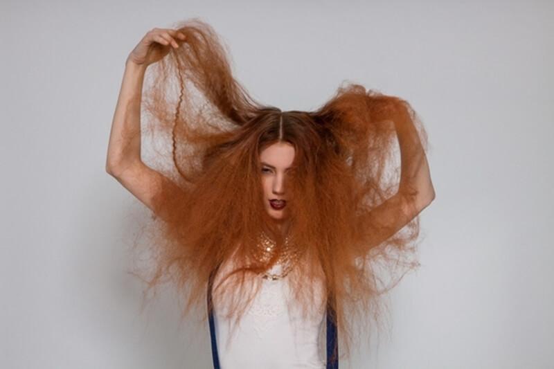 髪の毛のパサパサをケア