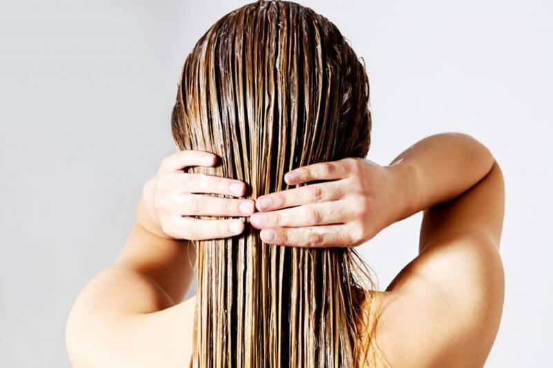 髪の毛を染めるシャンプー