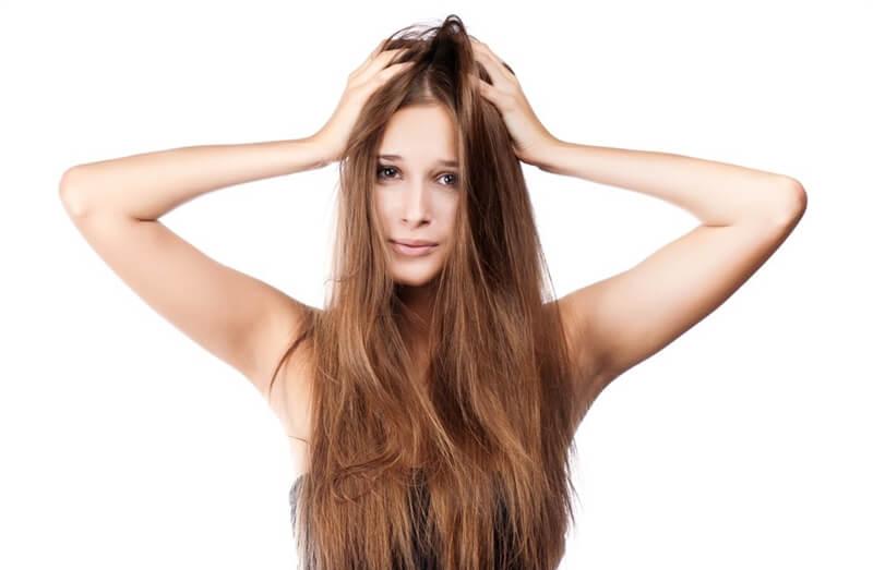 頭皮の乾燥が原因のフケ